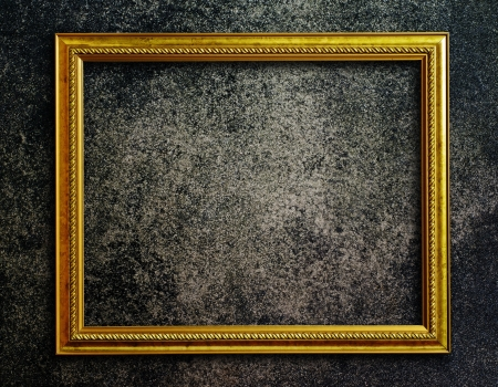 Old picture frame on grunge wall Stock Photo - 15158206