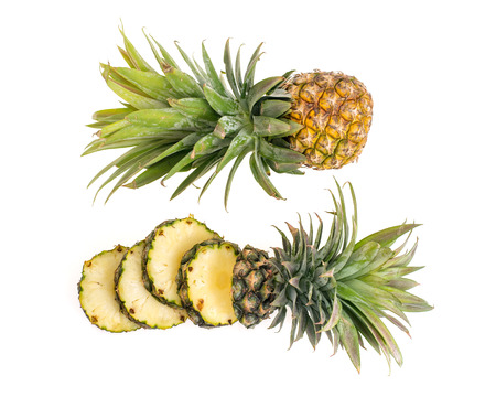 jhy: Pineapple with slices on white background.