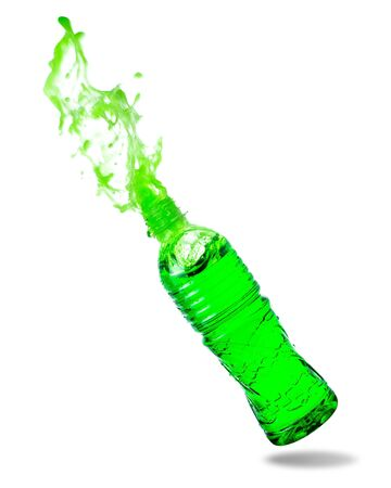 Green soda splashing out of bottle isolated on white background. Standard-Bild - 129488846