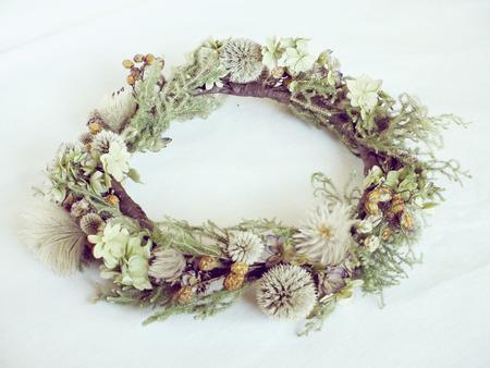 flores secas: Secas corona de flores