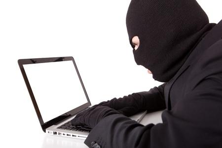 identity thieves: Pirata inform�tico disfrazado con traje y corbata