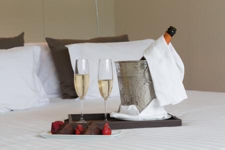 Hotelzimmer shot - Honeymoon Konzept Standard-Bild - 20967897