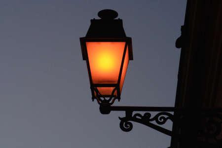 sconce: Street lamp.