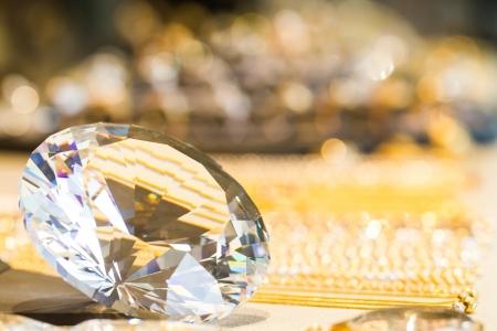 Sparkled diamond and gold bokeh Standard-Bild