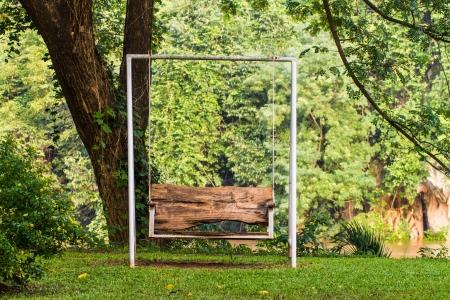 swing seat: sedile in legno altalena in giardino