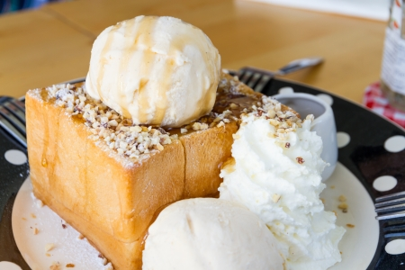 almond honey toast with vanilla ice-cream photo