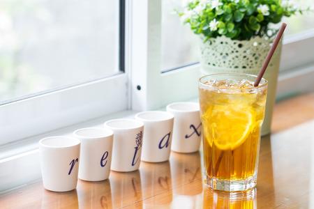 glass of iced lemon tea