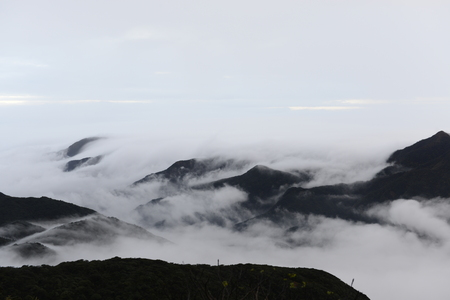 Guangdong in the first peak of the clouds 版權商用圖片