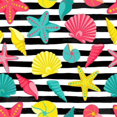 Zeeschelp naadloos patroon op zwart-witte waterverfstrepen. ontwerp voor de kaart van de vakantiegroet en uitnodiging van seizoengebonden de zomervakantie, partijen van het de zomerstrand, toerisme en reis