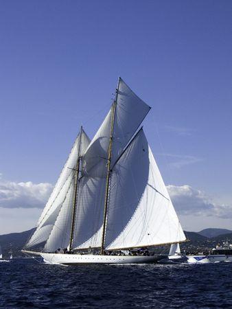 build in: Classic sailing yacht a 45 m goelette aurique build in 2000