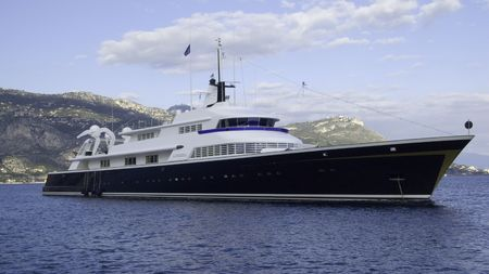 vacance: Motor yacht The One a 70 meter 1973 LŸrssen build yacht previously Carinthia VI