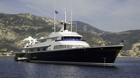 vacance: Motor yacht The One a 70 meter 1973 L�rssen build yacht previously Carinthia VI Stock Photo