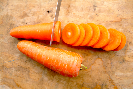 corazon: Carrot cut in heart-shaped