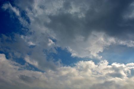 雲天空 版權商用圖片 - 71462730
