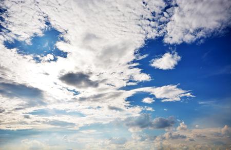 雲天空 版權商用圖片 - 71617090