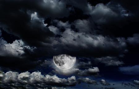 moon light cloud
