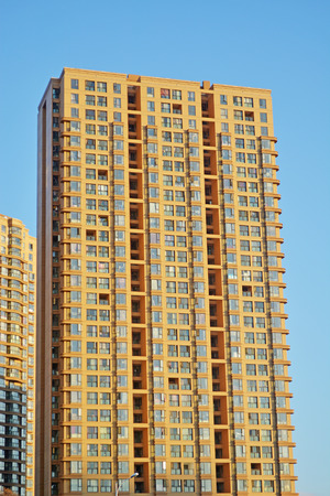 lodger: apartment building