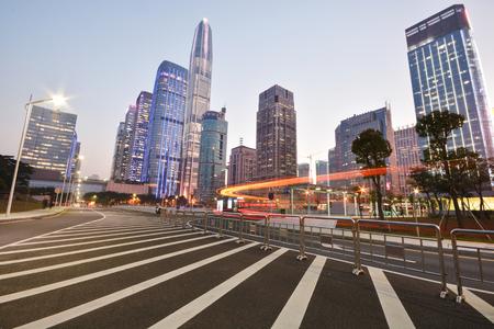 센터 금융 도시의 현대적인 건물
