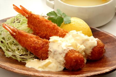 gamba: camarones fritos y sopa Foto de archivo