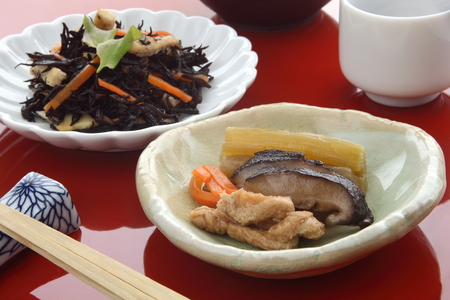 野菜と酒を昆布煮和食