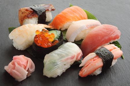 赤漬け生姜、日本食品混合寿司盛り