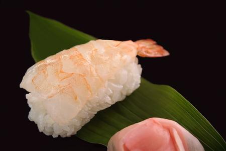 海老寿司 1 個、日本食