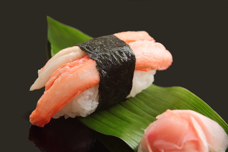 蟹寿司 1 個、日本食 写真素材