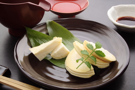 Bamboo Shoot Sashimi with Sake, Japanese Food 版權商用圖片