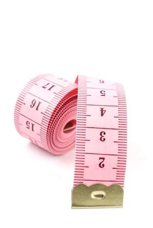 cintas metricas: Cinta de medición aislada en el fondo blanco