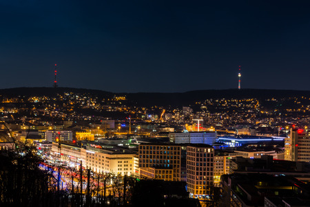 Stuttgart Cityscape Landscape Capital City Baden Wuerttemberg Day Night Sky Buildings Far TV Tower Hills Kessel Banque d'images