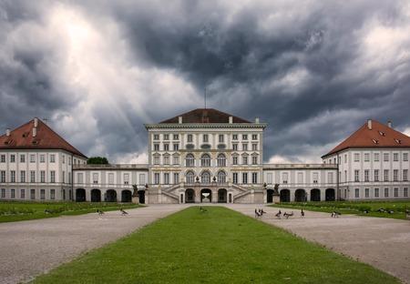 Schloss Nymphenburg, Munich Germany Overcast Weather Architecture Destination 免版税图像