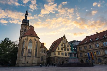 Stuttgart Schillerplatz Sunset City Centre Arquitectura histórica Excursiones Alemania Foto de archivo - 87700288