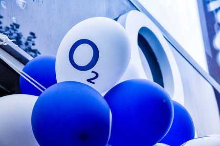 O2 Cellular Network Store Celebration Logo Balloon Outdoors Cold Weather German Euoprean Telecommunications October 24, 2017 Editorial
