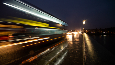 Night Time Traffic Long Exposure Light Streaks Public Transport Bus Bridge Twilight Afternoon Stok Fotoğraf