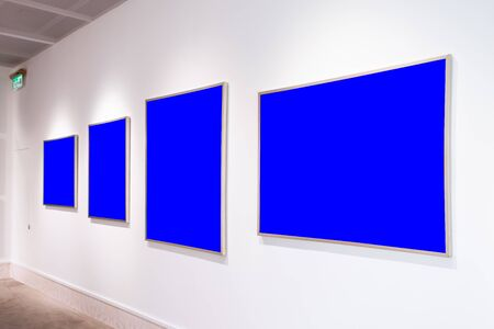 Modern Art Museum Frames Clipping Path Gallery Chroma Blue Spotlights White Minimalist Look Reklamní fotografie