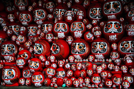 goodluck: Daruma or red-painted good-luck doll, Osaka, Japam