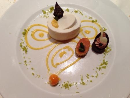 Delicious dessert pistachio and yogurt cake