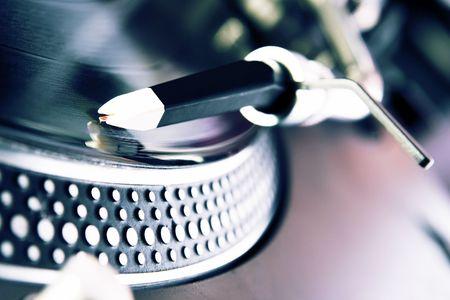 giradisco: Analogico giradischi girare il disco con la musica