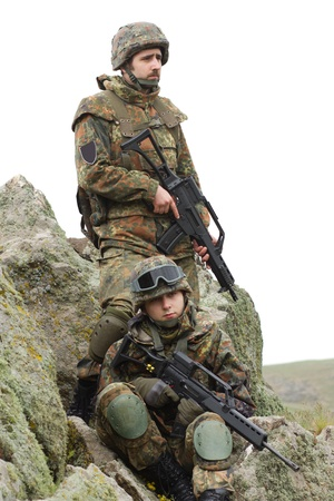 airsoft: Two soldiers in heavy combative ammunition