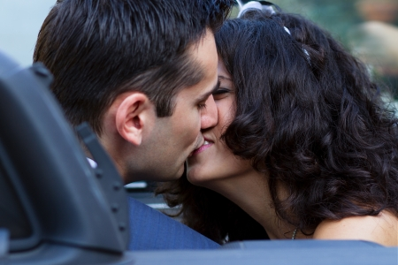 cabrio: The sweetest kiss in cabrio after their wedding