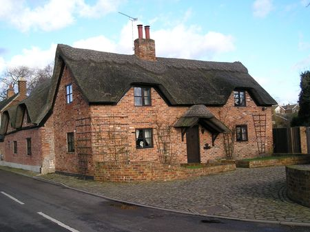 thatched cottage: Thatched cottage