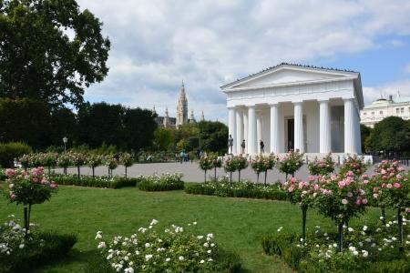 Theseus temple, Vienna photo