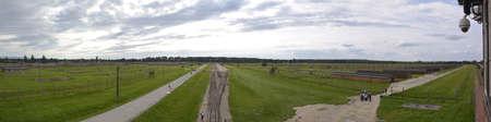 auschwitz: Auschwitz 2 - Birkenau Editorial