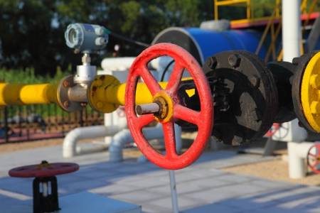 junction pipe: Pipes and Valves
