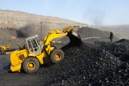 dump truck: Mine