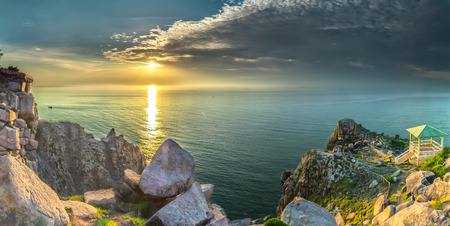 Vung Ro Bay Immense ocean sunrise to rising sun, the front is a high mountain cliff beachfront to watch the EARLIEST dawn in Vietnam