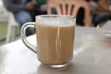 teh tarik popular Malaysian drink