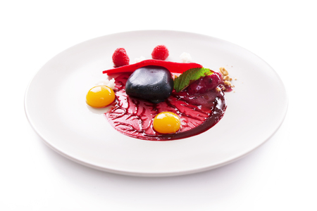 elegant dessert molecular cuisine on a white background. Zdjęcie Seryjne - 65976677