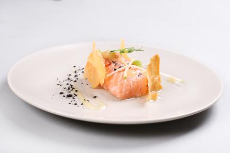Smoked salmon and sauce cooked by molecular gastronomy technic Zdjęcie Seryjne - 91360460