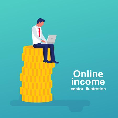 Uomo felice che lavora per un laptop seduto su una pila di monete d'oro. Concetto di guadagni su internet, reddito online. Design piatto di illustrazione vettoriale. Isolato su sfondo. Fare soldi online.